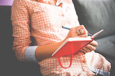 Quatre Conseils Pour écrire De La Poésie Simple Et Brève